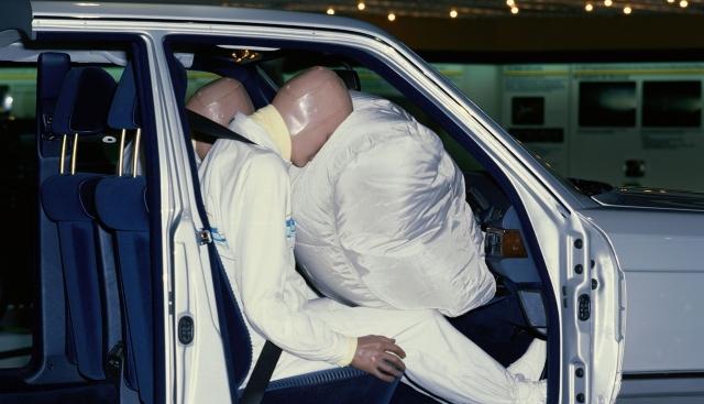 La bolsa de aire para el copiloto cumple 30 años